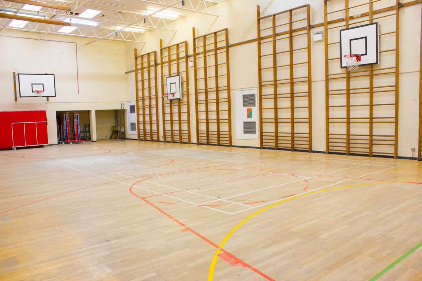 Haileybury Turnford School Indoor basketball court