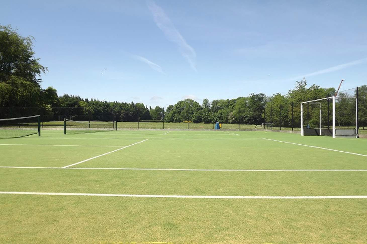 Dr Challoner's High School Outdoor | Astroturf tennis court