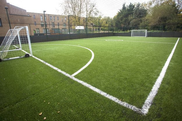 How much does it cost to build a 3G 5-a-side pitch?