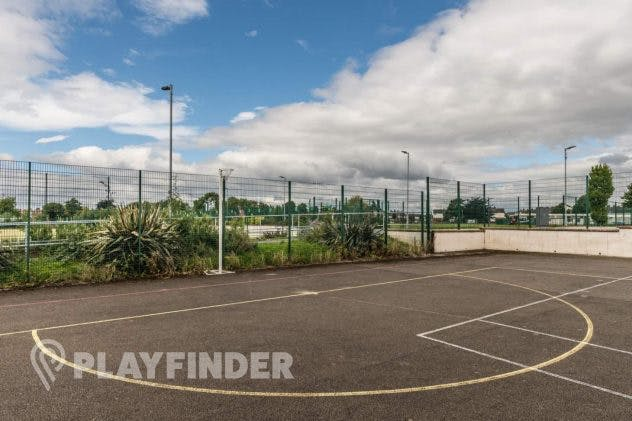 Buile High School's Netball Courts